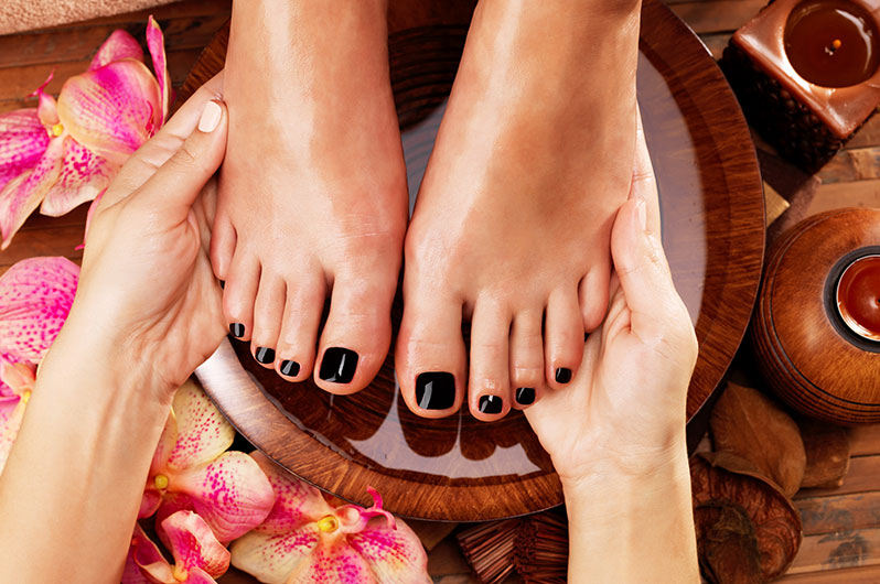 Salon Mirror Mirror Pedicure Services